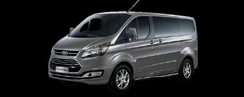 gia-lan-banh-Ford-Tourneo-Titanium-2021
